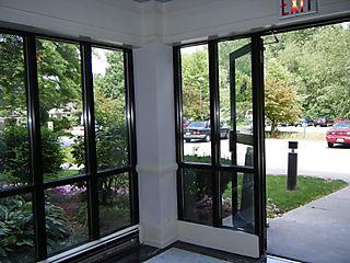 Entryway hothouse