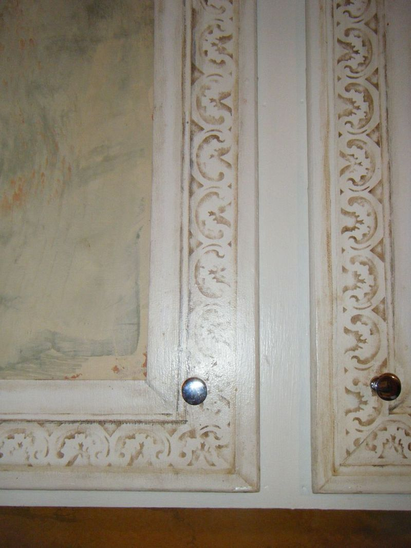 Door close up b4