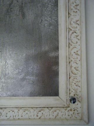 Door close up 2